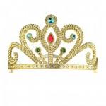 Arany színű tiara ékkövekkel